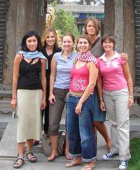 Les 6 filles, de gauche à droite Anna, Chloé, Anne, Valérie, Sarah et Géraldine.