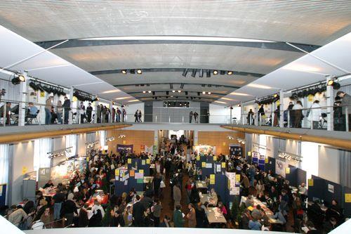 La dernier version du salon de l'emploi en mars 2006 a comme chaque année eu un grand succès de foule.
